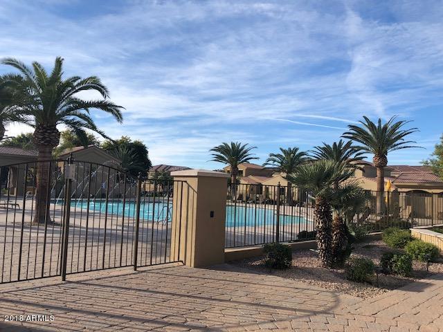1367 S Country Club Drive #1362, Mesa, AZ 85210 (MLS #5858708) :: The Luna Team