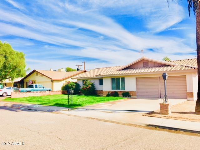 8001 N 17TH Drive, Phoenix, AZ 85021 (MLS #5866842) :: Santizo Realty Group