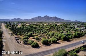 18721 E San Tan Boulevard, Queen Creek, AZ 85142 (MLS #5867057) :: Conway Real Estate