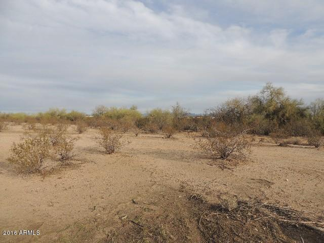 0 N 207th Avenue, Wittmann, AZ 85361 (MLS #5867651) :: Kortright Group - West USA Realty