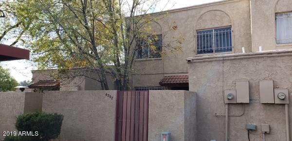 4252 N 68TH Lane, Phoenix, AZ 85033 (MLS #5868761) :: neXGen Real Estate