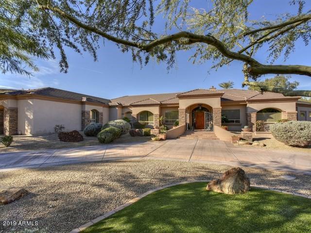 6200 N 42ND Street, Paradise Valley, AZ 85253 (MLS #5870926) :: Yost Realty Group at RE/MAX Casa Grande