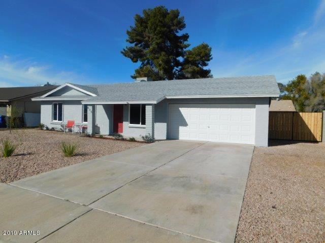 836 W Kilarea Avenue, Mesa, AZ 85210 (MLS #5870950) :: Berkshire Hathaway Home Services Arizona Properties