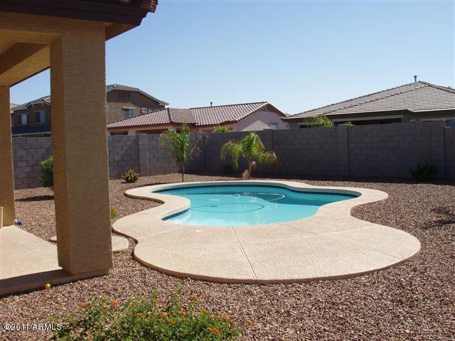 8813 W Gardenia Avenue, Glendale, AZ 85305 (MLS #5872773) :: The Property Partners at eXp Realty