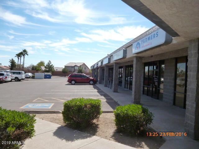 6702 Greenway Road - Photo 1