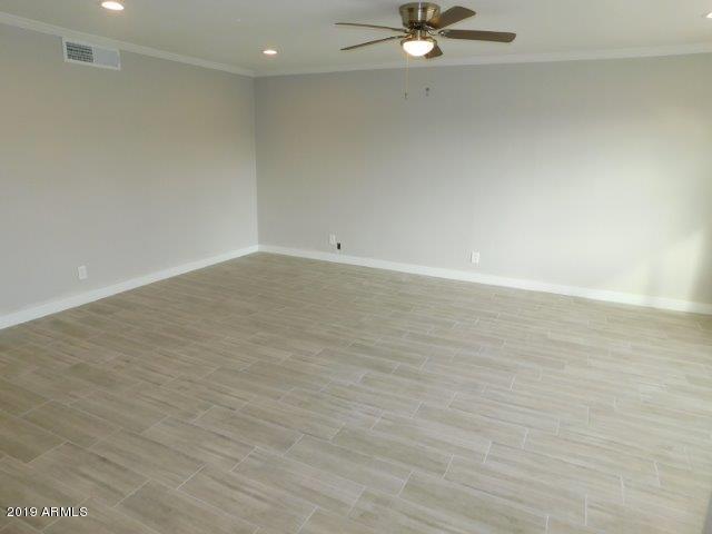 3008 W Acoma Drive, Phoenix, AZ 85053 (MLS #5884405) :: Devor Real Estate Associates