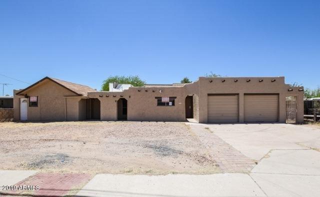 2737 E Beardsley Road E, Phoenix, AZ 85050 (MLS #5884951) :: The Pete Dijkstra Team