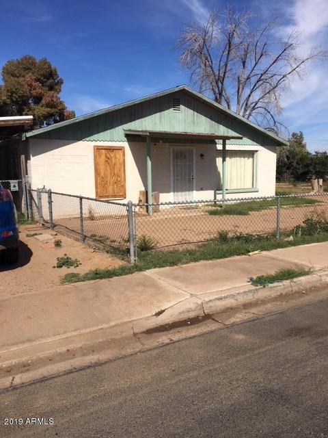 306 E Hill Drive, Avondale, AZ 85323 (MLS #5887388) :: Kortright Group - West USA Realty