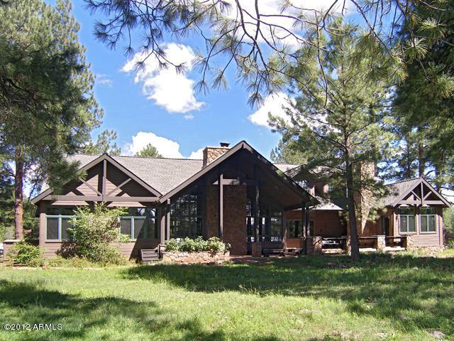 3114 Bear Howard, Flagstaff, AZ 86005 (MLS #5888372) :: The Wehner Group