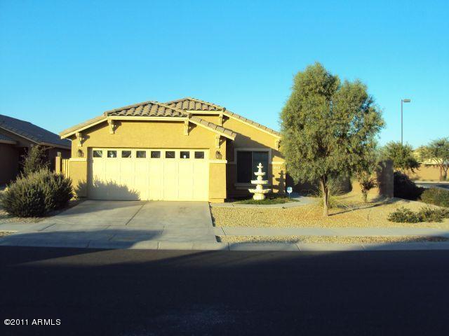 1018 S 166TH Drive, Goodyear, AZ 85338 (MLS #5892021) :: The Laughton Team