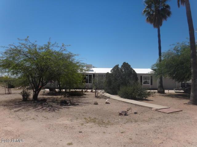 1301 W Kaniksu Street, Apache Junction, AZ 85120 (MLS #5894328) :: The Kenny Klaus Team