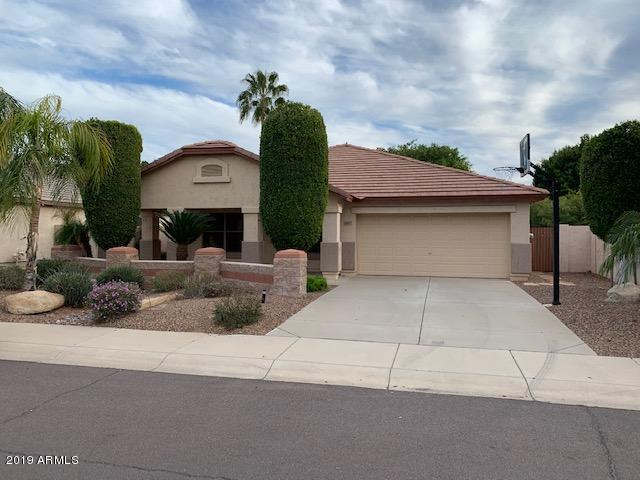 6497 W Behrend Drive, Glendale, AZ 85308 (MLS #5894993) :: The Laughton Team