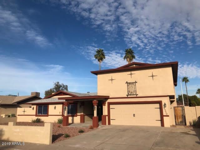 8339 N 51ST Drive, Glendale, AZ 85302 (MLS #5896231) :: CC & Co. Real Estate Team