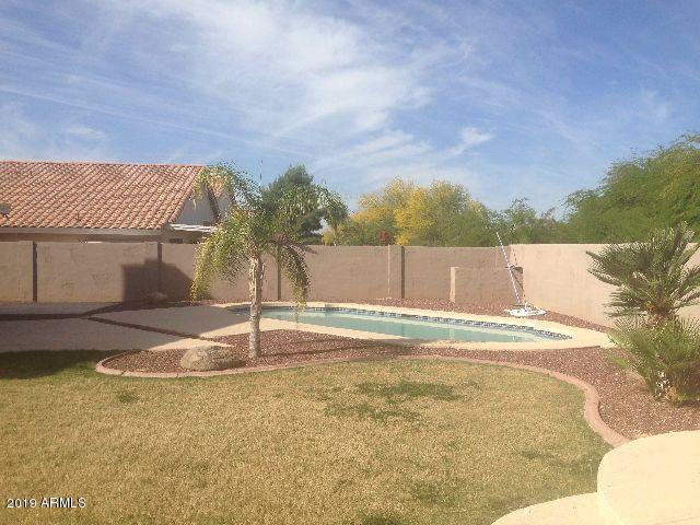 22034 N 73RD Avenue, Glendale, AZ 85310 (MLS #5898732) :: Yost Realty Group at RE/MAX Casa Grande