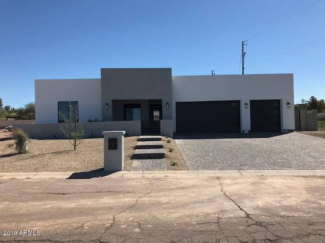14005 N 11TH Place, Phoenix, AZ 85022 (MLS #5899380) :: The Kenny Klaus Team