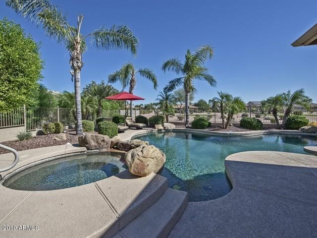 2793 N 160TH Avenue, Goodyear, AZ 85395 (MLS #5901068) :: The W Group