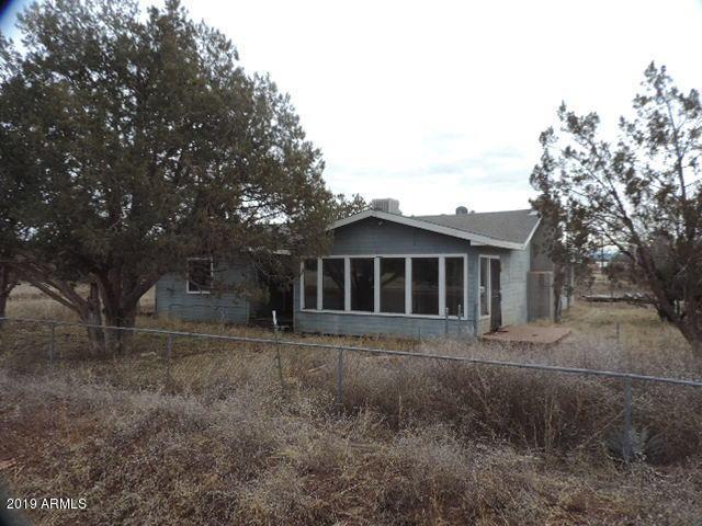 2309 N Ann Lane, Ash Fork, AZ 86320 (MLS #5901385) :: Door Number 2
