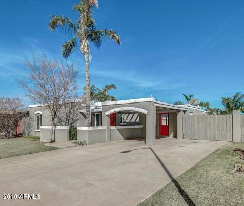 10620 N 38TH Avenue, Phoenix, AZ 85029 (MLS #5901877) :: Yost Realty Group at RE/MAX Casa Grande