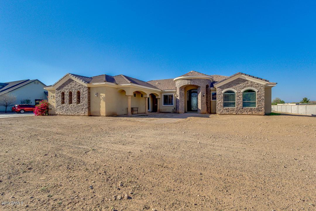 20512 Navajo Drive - Photo 1