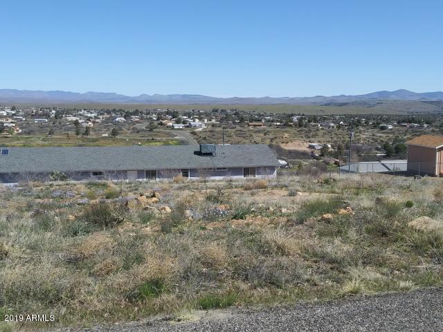 20264 E Santa Rita Road, Mayer, AZ 86333 (MLS #5907135) :: Yost Realty Group at RE/MAX Casa Grande