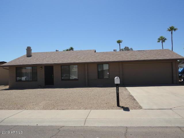 1753 W Menadota Drive, Phoenix, AZ 85027 (MLS #5911272) :: Yost Realty Group at RE/MAX Casa Grande
