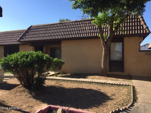 9029 W Elm Street #1, Phoenix, AZ 85037 (MLS #5911695) :: Yost Realty Group at RE/MAX Casa Grande