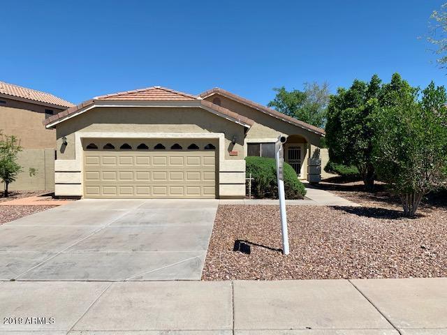 3314 E San Angelo Avenue, Gilbert, AZ 85234 (MLS #5913763) :: Kortright Group - West USA Realty