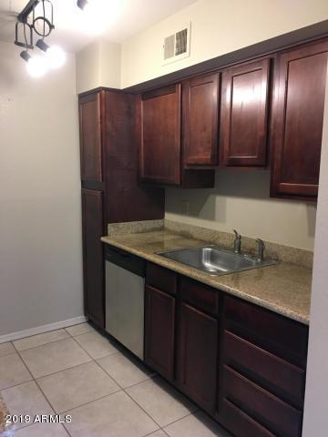 3500 N Hayden Road #2103, Scottsdale, AZ 85251 (MLS #5915563) :: The W Group