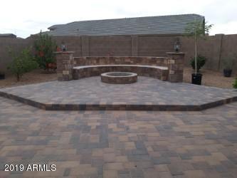 5004 S 237TH Lane, Buckeye, AZ 85326 (MLS #5927958) :: Team Wilson Real Estate