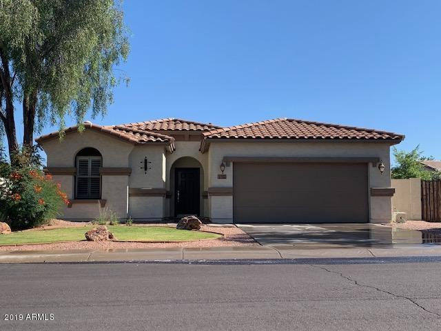 3760 E Jaguar Avenue, Gilbert, AZ 85298 (MLS #5928294) :: CC & Co. Real Estate Team