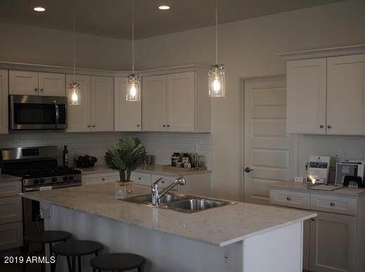 3218 W Glendale Avenue #20, Phoenix, AZ 85051 (MLS #5930810) :: neXGen Real Estate