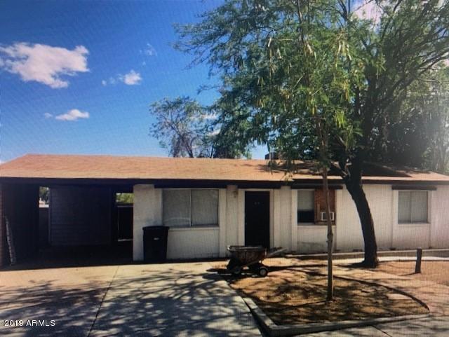 819 E Erie Street, Chandler, AZ 85225 (MLS #5931180) :: Santizo Realty Group
