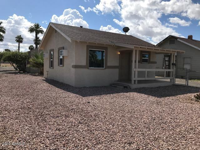 7127 N 55th Drive, Glendale, AZ 85301 (MLS #5931430) :: HOMM