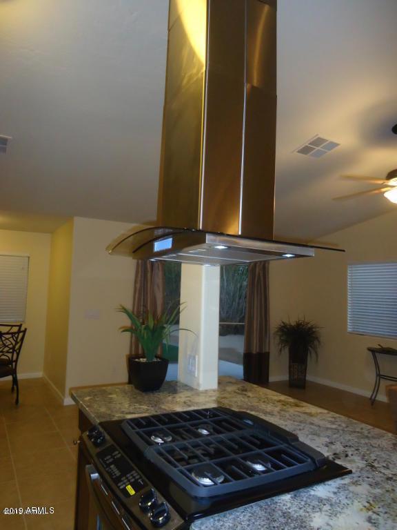 3027 N 34TH Street, Phoenix, AZ 85018 (MLS #5931459) :: Keller Williams Realty Phoenix