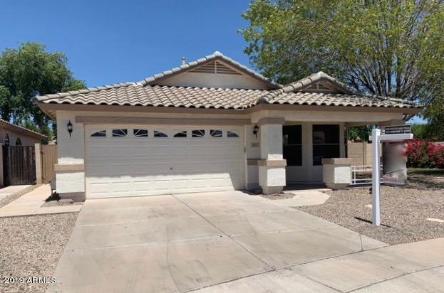 3057 S Cortland, Mesa, AZ 85212 (MLS #5942952) :: CC & Co. Real Estate Team