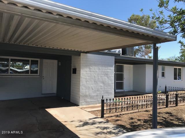 3244 E Monte Vista Road, Phoenix, AZ 85008 (MLS #5944338) :: The Laughton Team