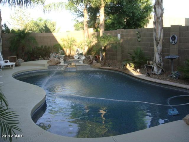 10741 E Portobello Avenue, Mesa, AZ 85212 (MLS #5948952) :: CC & Co. Real Estate Team