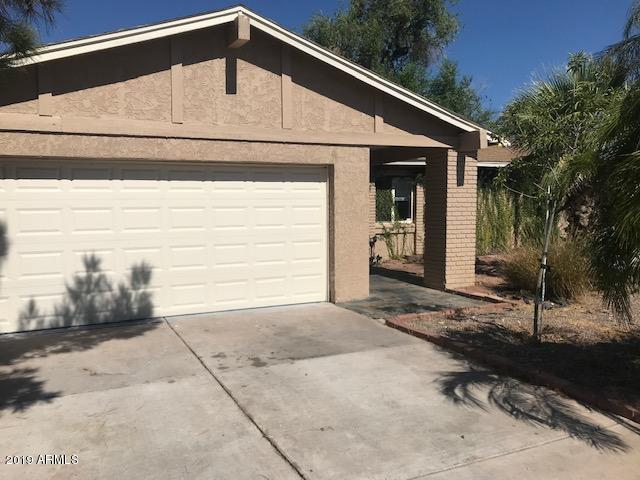 10425 N 48TH Drive, Glendale, AZ 85302 (MLS #5949751) :: The Property Partners at eXp Realty