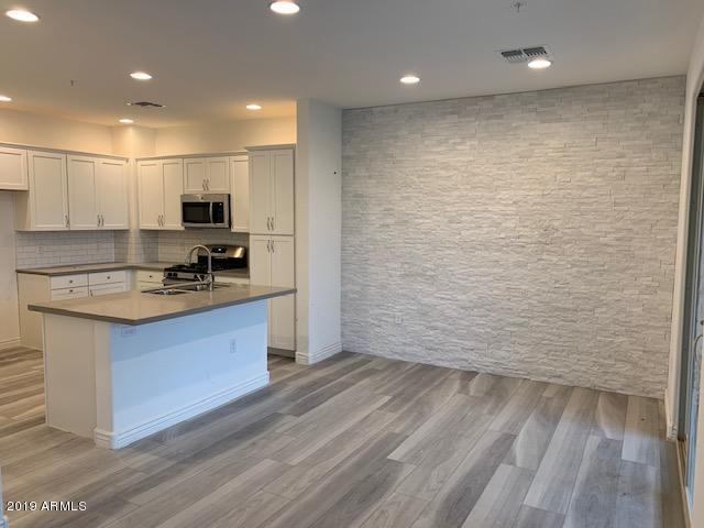 2425 W Bronco Butte Trail #2012, Phoenix, AZ 85085 (MLS #5951755) :: CC & Co. Real Estate Team
