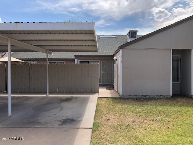 7043 S 44TH Street, Phoenix, AZ 85042 (MLS #5952717) :: Revelation Real Estate