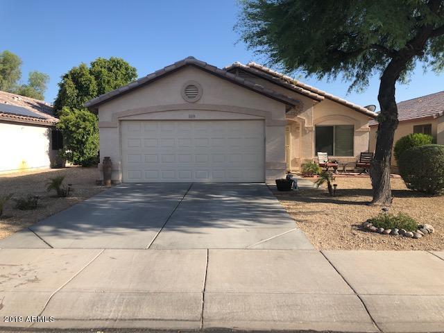15849 W Madison Street, Goodyear, AZ 85338 (MLS #5952722) :: Brett Tanner Home Selling Team