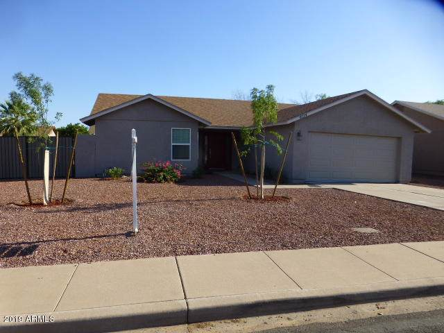 6134 E Ivy Street, Mesa, AZ 85205 (MLS #5954340) :: Openshaw Real Estate Group in partnership with The Jesse Herfel Real Estate Group