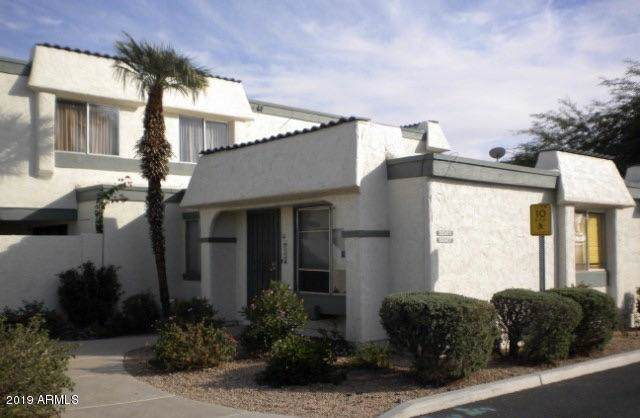 9041 N 52ND Avenue, Glendale, AZ 85302 (MLS #5954939) :: The Property Partners at eXp Realty