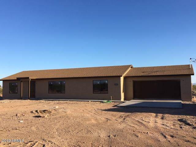 12820 S 209TH Avenue, Buckeye, AZ 85326 (MLS #5955266) :: Riddle Realty Group - Keller Williams Arizona Realty