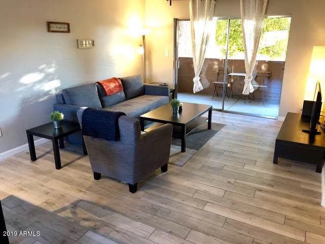 7494 E Earll Drive #217, Scottsdale, AZ 85251 (MLS #5962871) :: Revelation Real Estate