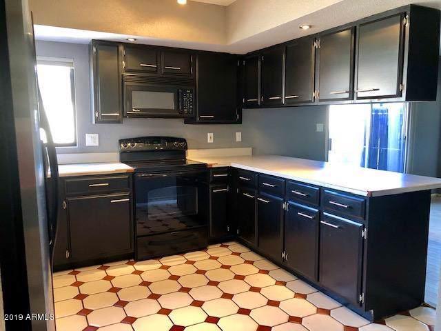 5850 W Grovers Avenue, Glendale, AZ 85308 (MLS #5964836) :: CC & Co. Real Estate Team
