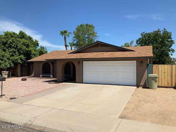 5746 W Campo Bello Drive, Glendale, AZ 85308 (#5966588) :: Gateway Partners | Realty Executives Tucson Elite