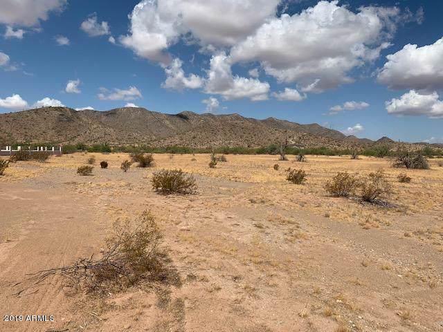 11096 W Willow Peak Avenue, Casa Grande, AZ 85193 (MLS #5977308) :: Lux Home Group at  Keller Williams Realty Phoenix