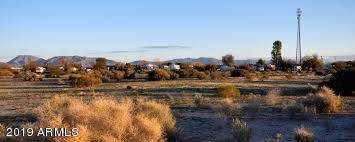 67668 Salome Road, Salome, AZ 85348 (MLS #5977438) :: The W Group