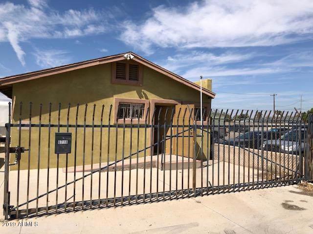 6718 N 59TH Avenue, Glendale, AZ 85301 (MLS #5978214) :: The Kenny Klaus Team